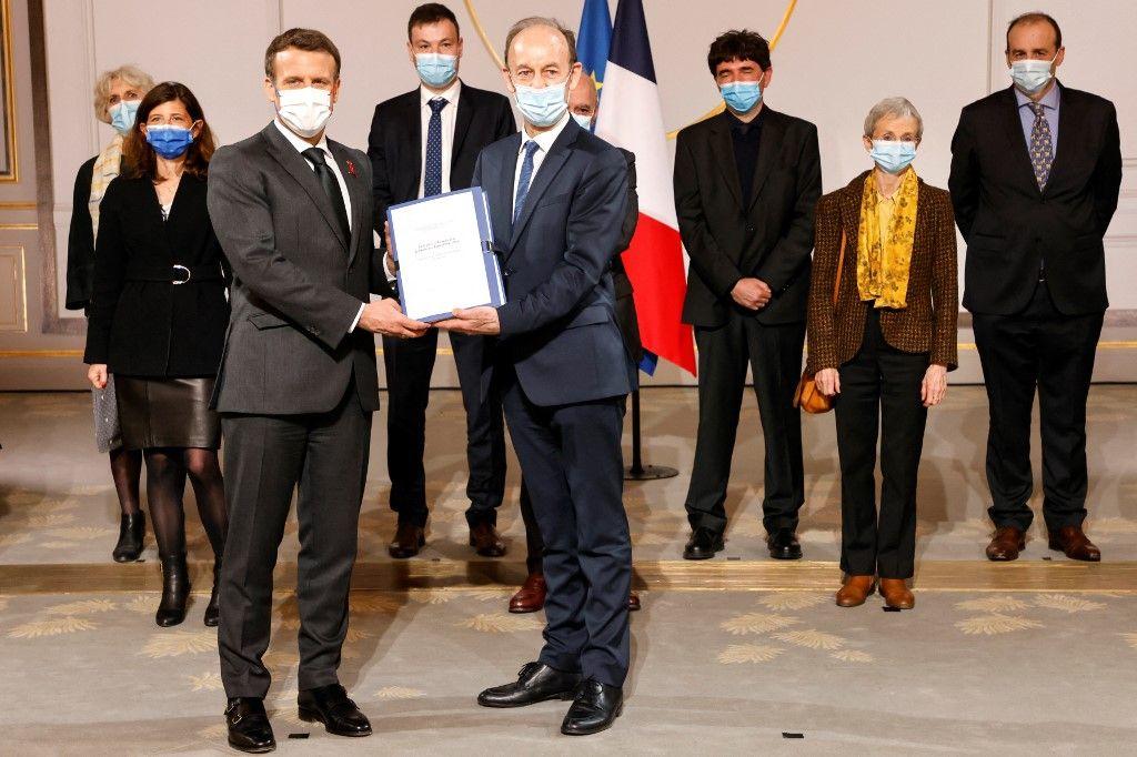 Génocide des Tutsi au Rwanda : un rapport remis à Emmanuel Macron pointe les « responsabilités accablantes » de la France.