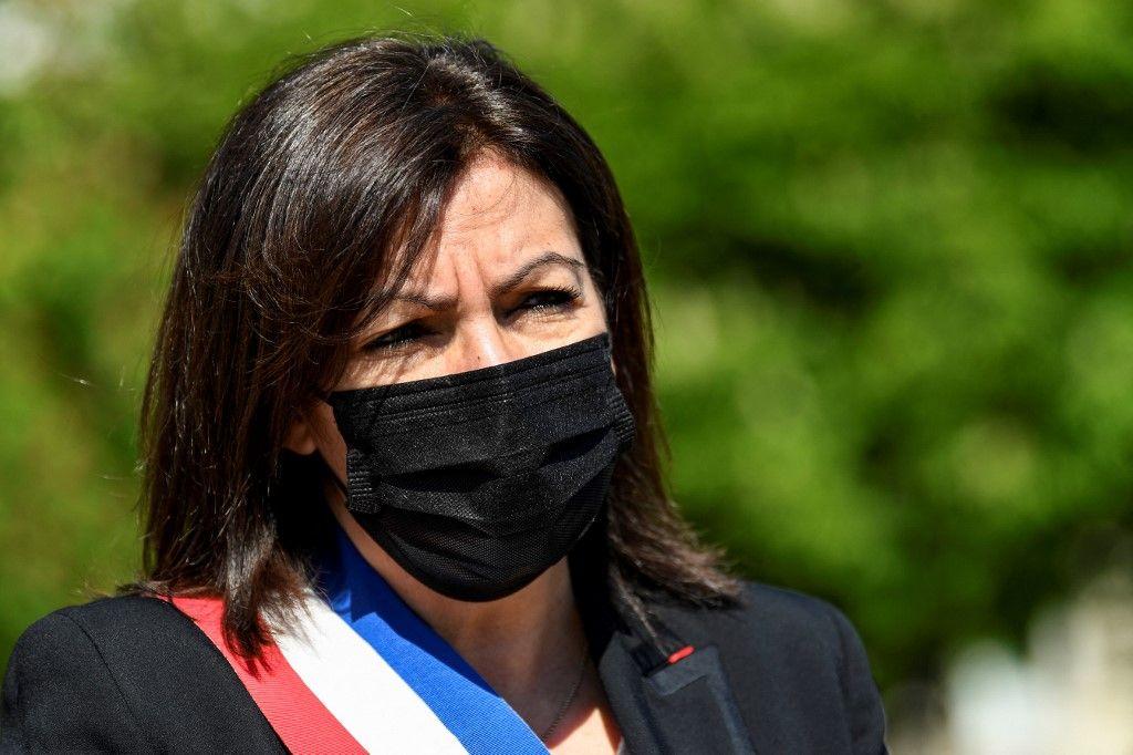 La maire de Paris, Anne Hidalgo, assiste à une cérémonie à Paris, en avril 2021.