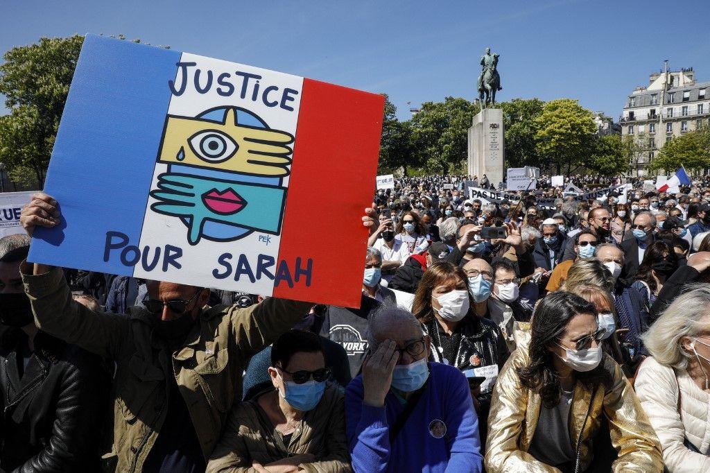 Des manifestants à Paris mobilisé pour dénoncer la décision de la Cour de Cassation dans le cadre de l'affaire Sarah Halimi.