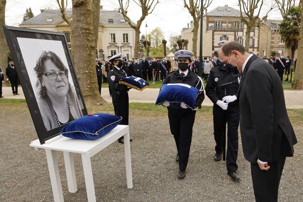 Le Premier ministre, Jean Castex, lors de l'hommage national rendu à Stéphanie Monfermé, la fonctionnaire de police assassinée lors de l'attaque terroriste menée à Rambouillet.