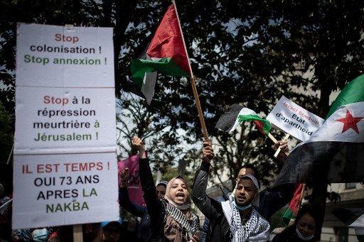 Des manifestants pro-Palestine à Paris, le 15 mai 2021.