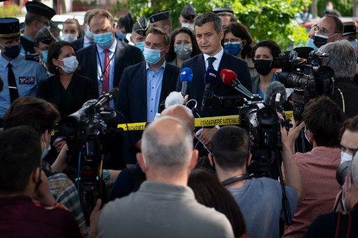 Gérald Darmanin s'est rendu à la Chapelle-sur-Erdre après l'attaque d'une policière.