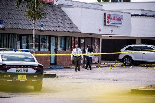 La fusillade a eu lieu dans un centre commercial de Miami.