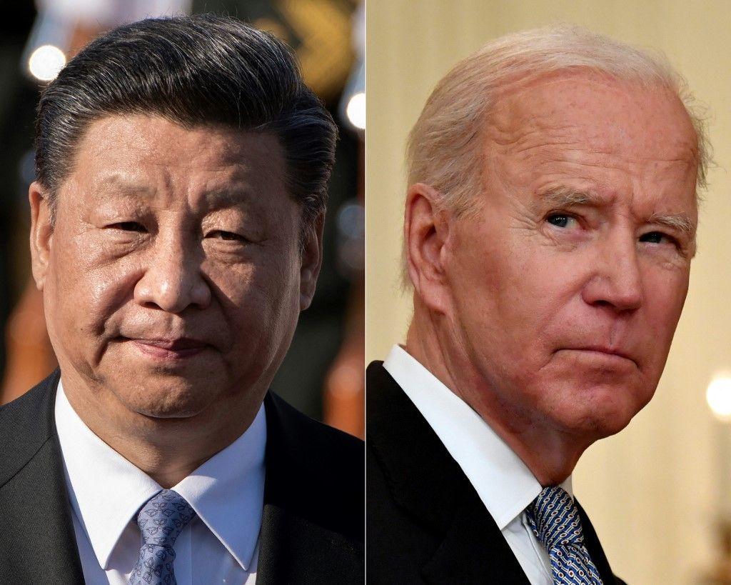 Les portraits de Xi Jinping et de Joe Biden lors de cérémonies officielles.