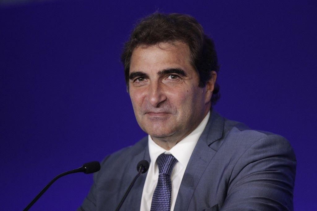 Le président du parti Les Républicains, Christian Jacob, prononce un discours au siège du parti à Paris, le 9 juin 2021, lors d'un comité stratégique avant les élections présidentielles de 2022.