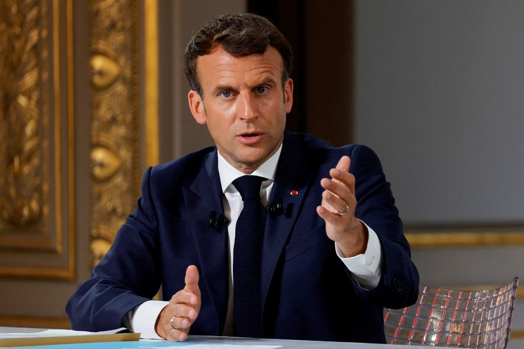 Le président français Emmanuel Macron prend la parole lors d'une conférence de presse en amont du sommet du G7, à l'Elysée, le 10 juin 2021.