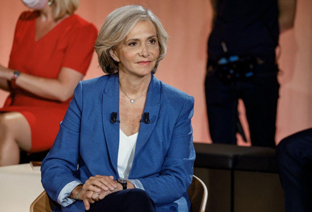 Candidate aux élections régionales à la présidence de la région Ile-de-France Valérie Pécresse avant le début d'un débat télévisé à Paris, le 14 juin 2021, sera candidate en 2022.