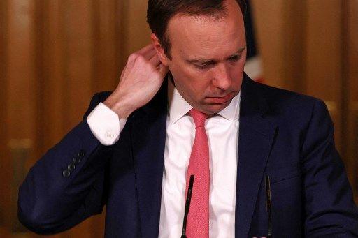 Le ministre de la Santé britannique a démissionné après avoir enfreint les règles sanitaires.