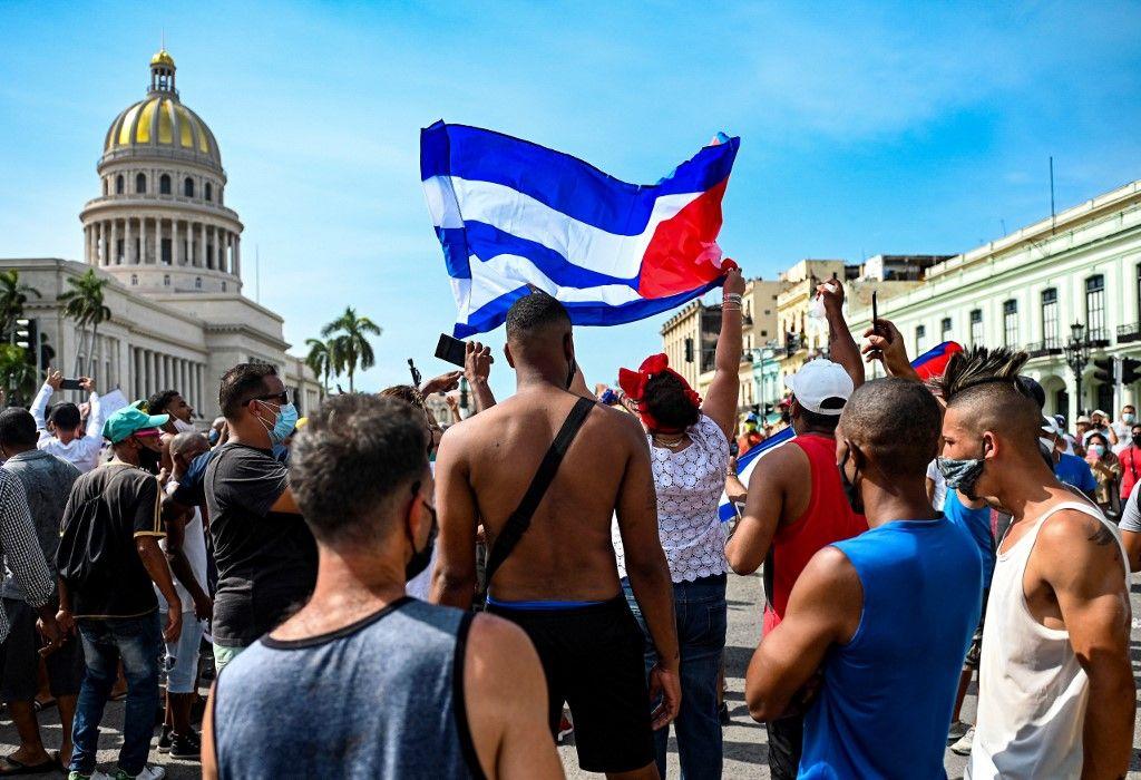 À Cuba, la rue ne décolère pas contre le gouvernement
