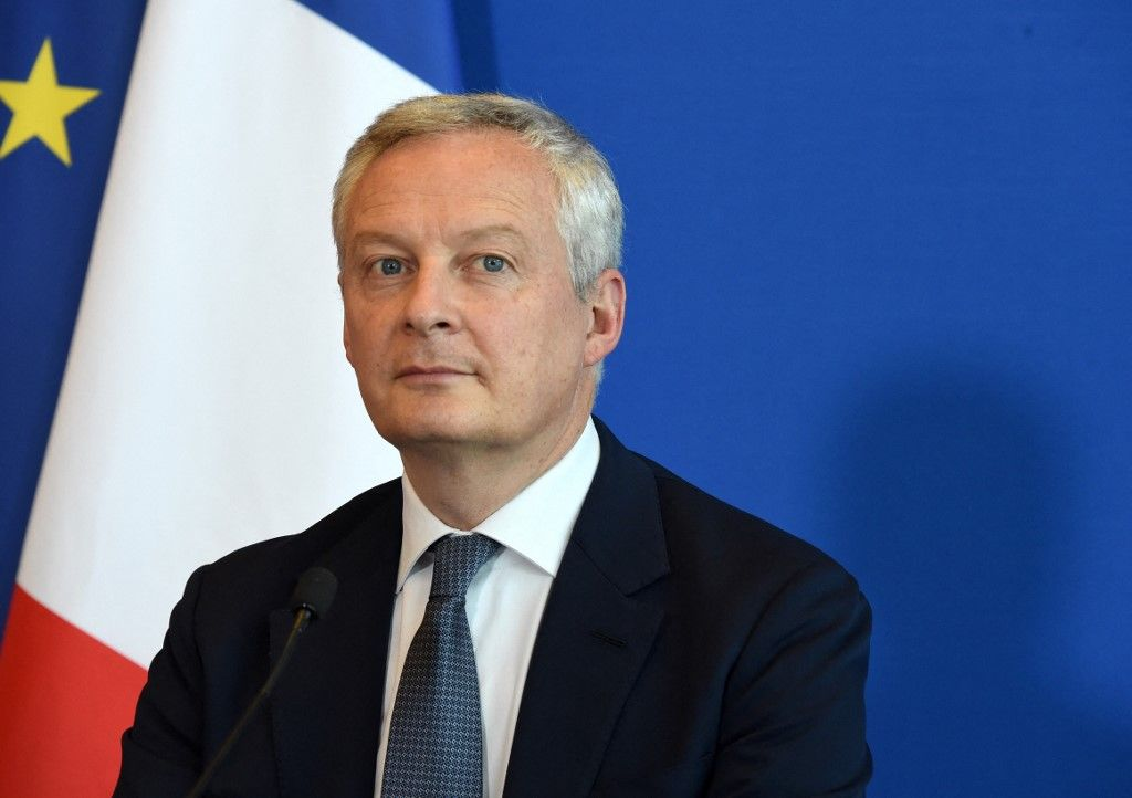 Le ministre français de l'Économie et des Finances, Bruno Le Maire, s'exprime lors d'une conférence de presse à l'issue de sa rencontre avec le ministre allemand de l'Économie et de l'Énergie, le 21 juillet 2021.