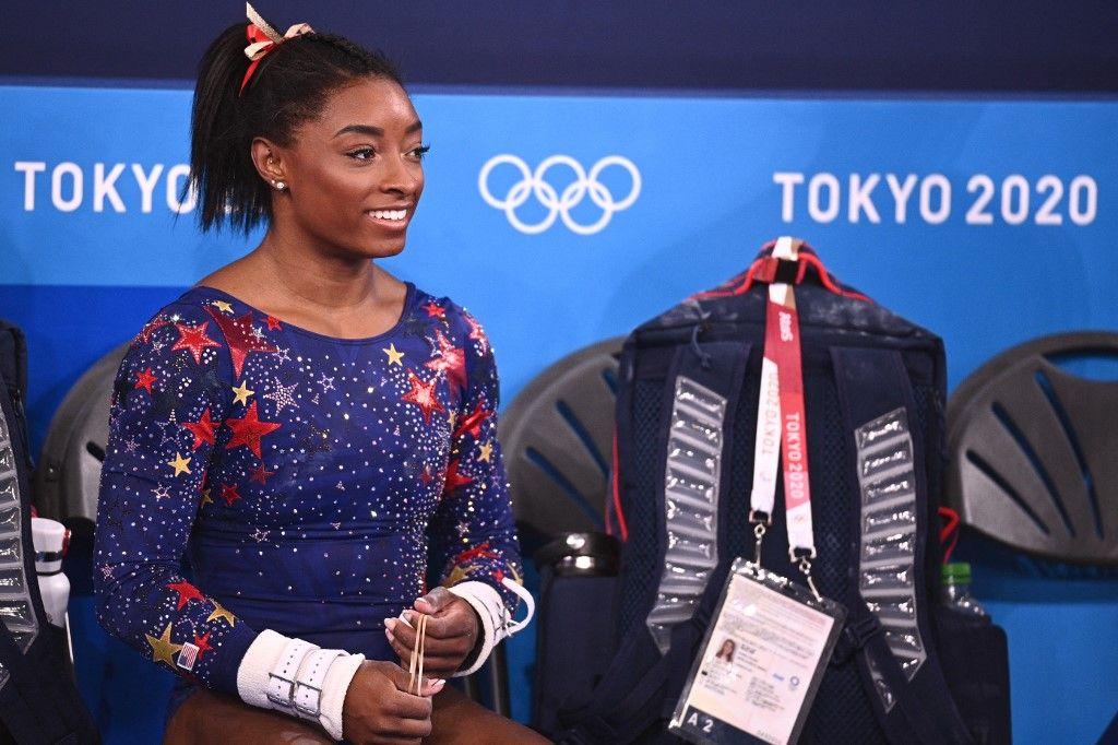 L'Américaine Simone Biles est vue lors de la qualification de gymnastique artistique féminine lors des Jeux Olympiques de Tokyo 2020, le 25 juillet 2021.