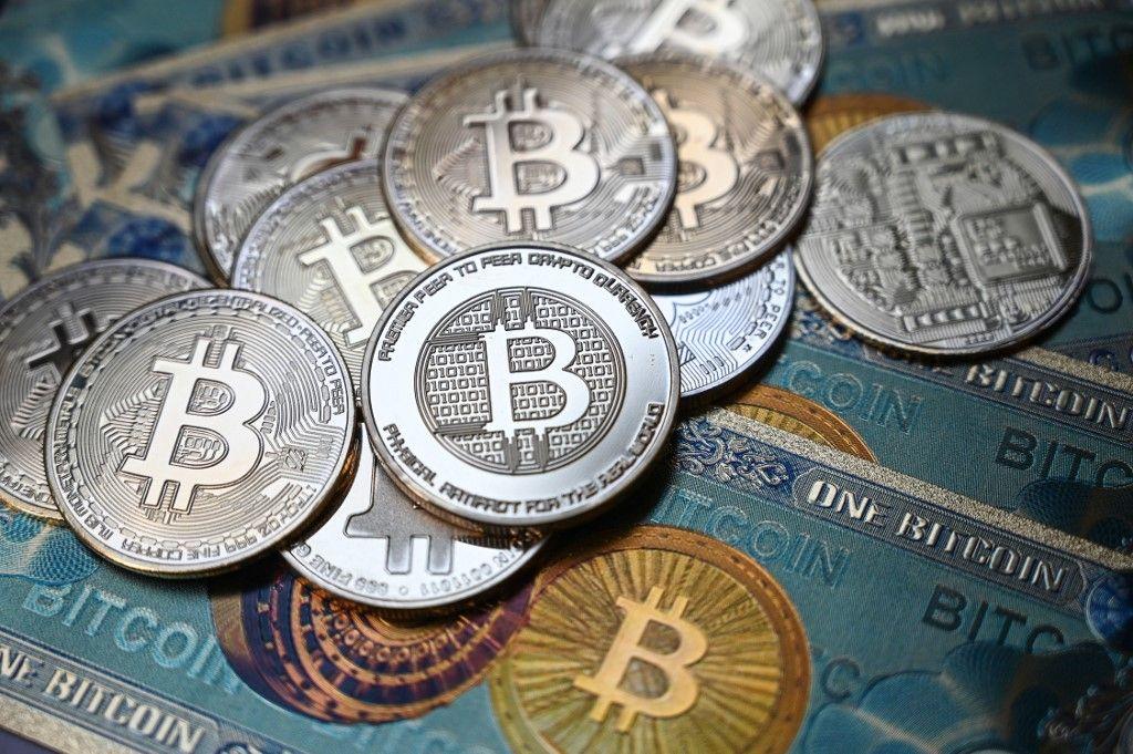Les institutions financières mondiales s'inquiètent du succès des cryptomonnaies.