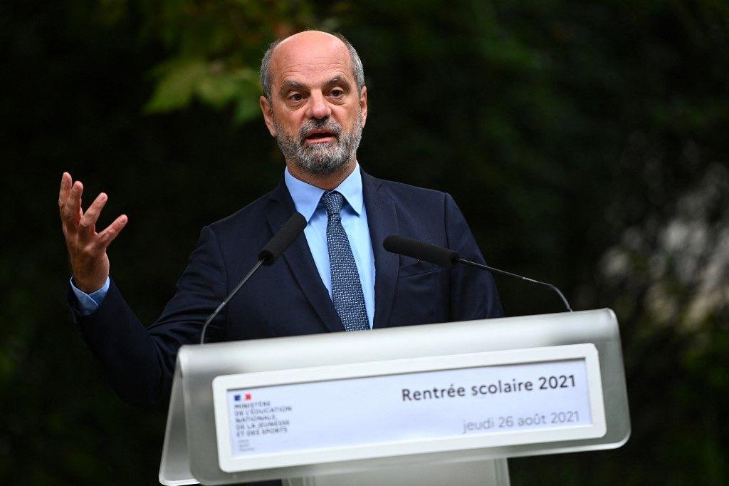 Le ministre de l'Éducation nationale, Jean-Michel Blanquer, donne une conférence de presse sur la rentrée scolaire, le 26 août 2021.