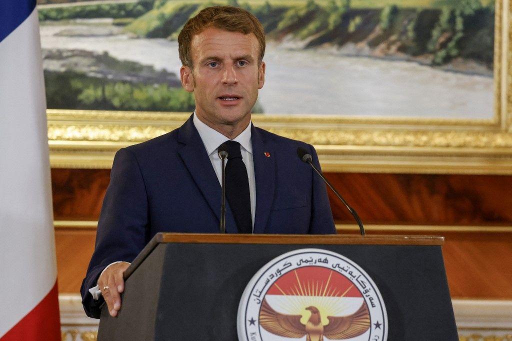 Le président Emmanuel Macron donne une conférence de presse conjointe avec le président de la région autonome du Kurdistan irakien au palais présidentiel d'Arbil, le 29 août 2021.