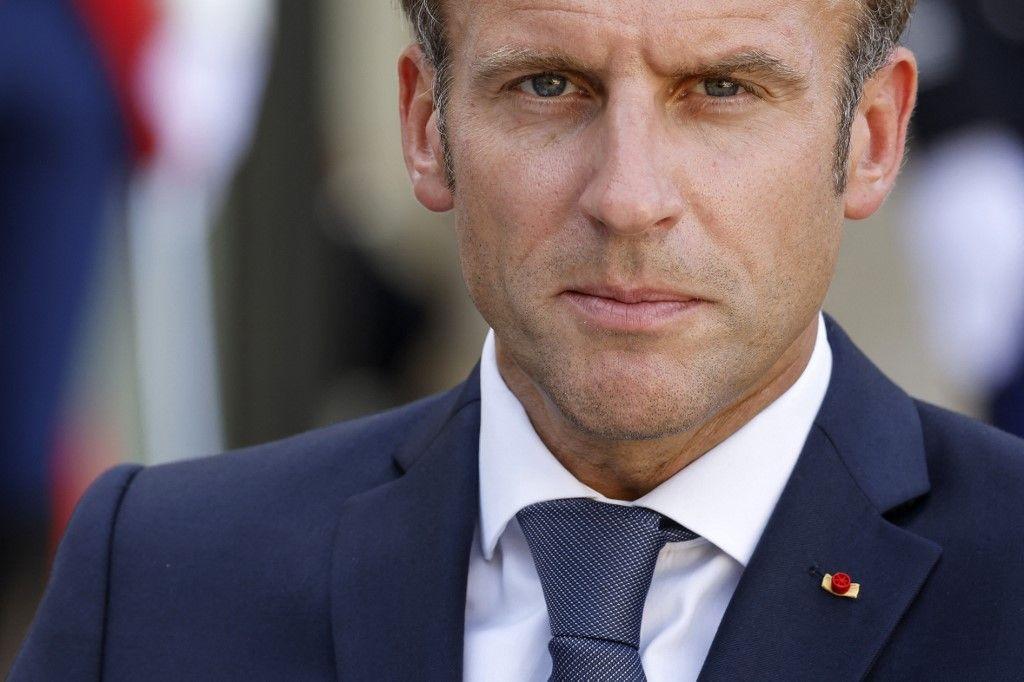 Le président Emmanuel Macron s'exprime aux côtés du président chilien après leur rencontre à l'Elysée à Paris, le 6 septembre 2021.