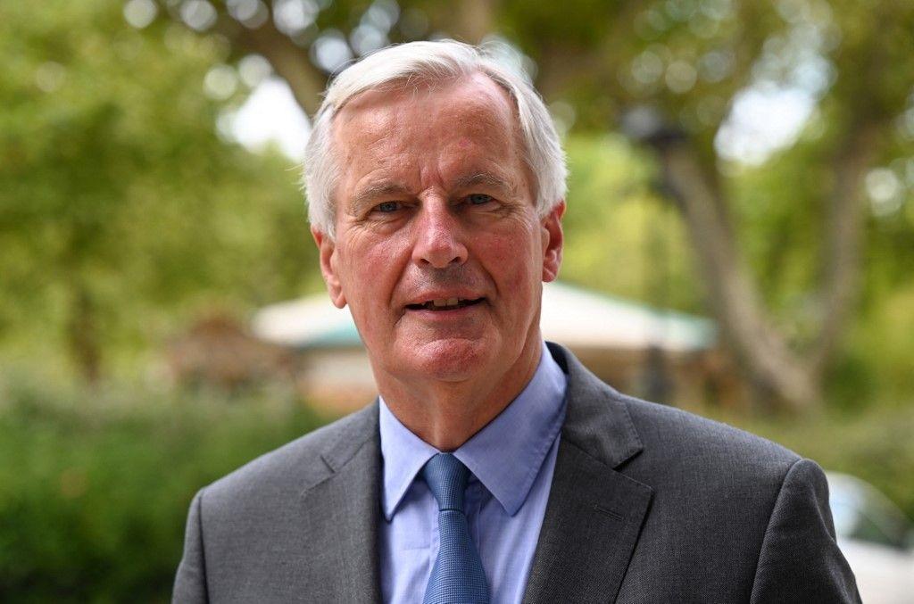 Le candidat à la présidentielle Michel Barnier pose pour une photo lors de la journée parlementaire des Républicains, à Nîmes, le 9 septembre 2021.