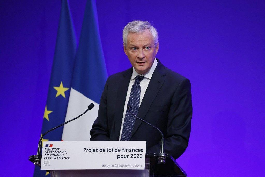 Le ministre français des Finances et de l'Économie, Bruno Le Maire, prononce un discours lors de la présentation du projet de loi de finances 2022, le 22 septembre 2021.
