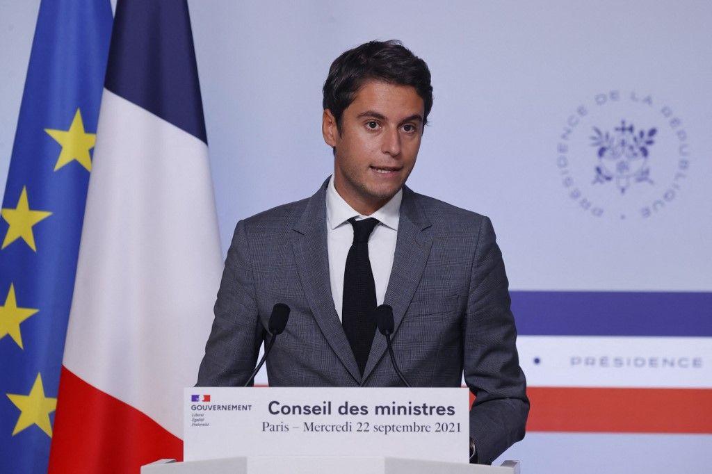 Gabriel Attal lors d'une conférence de presse à l'issue du Conseil des ministres.