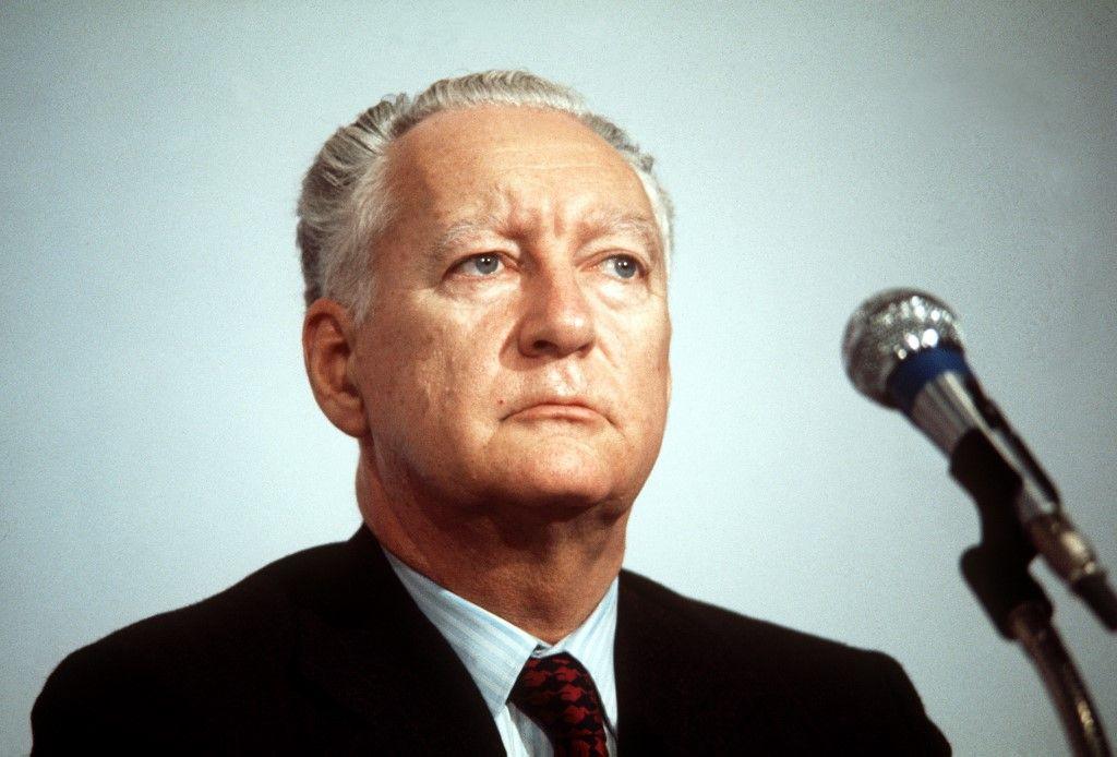 Protéger l'héritage du Gaullisme : la délicate mission de Pierre Messmer après la démission de Charles de Gaulle