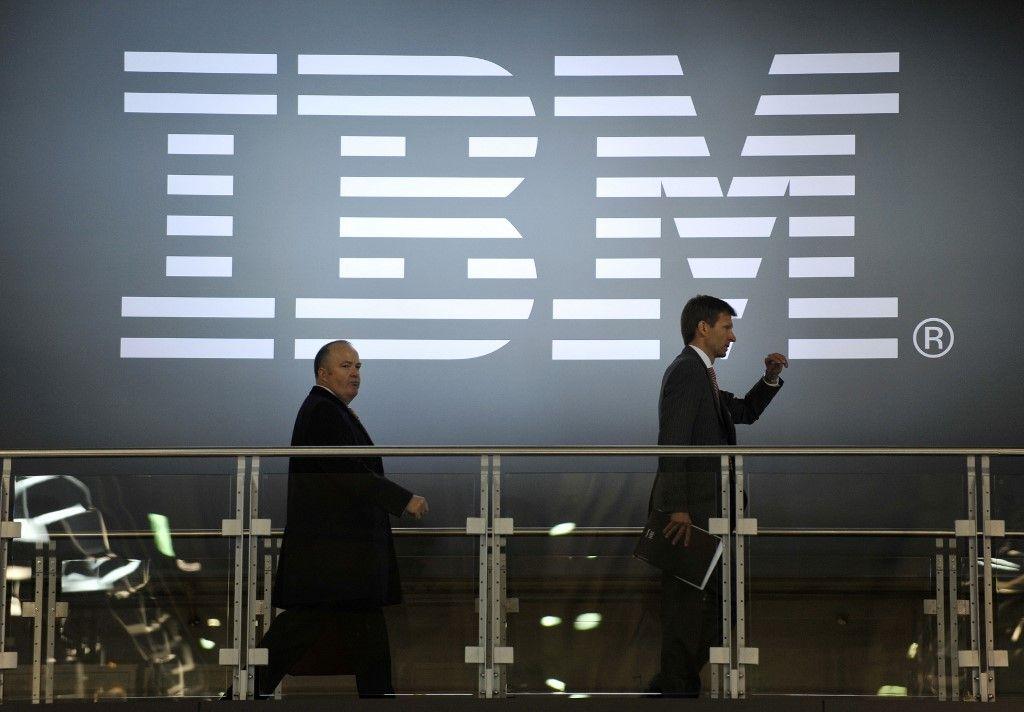 IBM informatique plan social économie