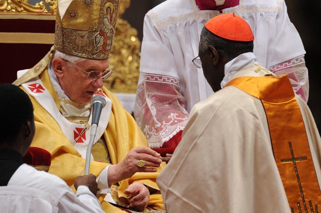 Les perspectives du cardinal Robert Sarah sur les crises de l'Eglise catholique