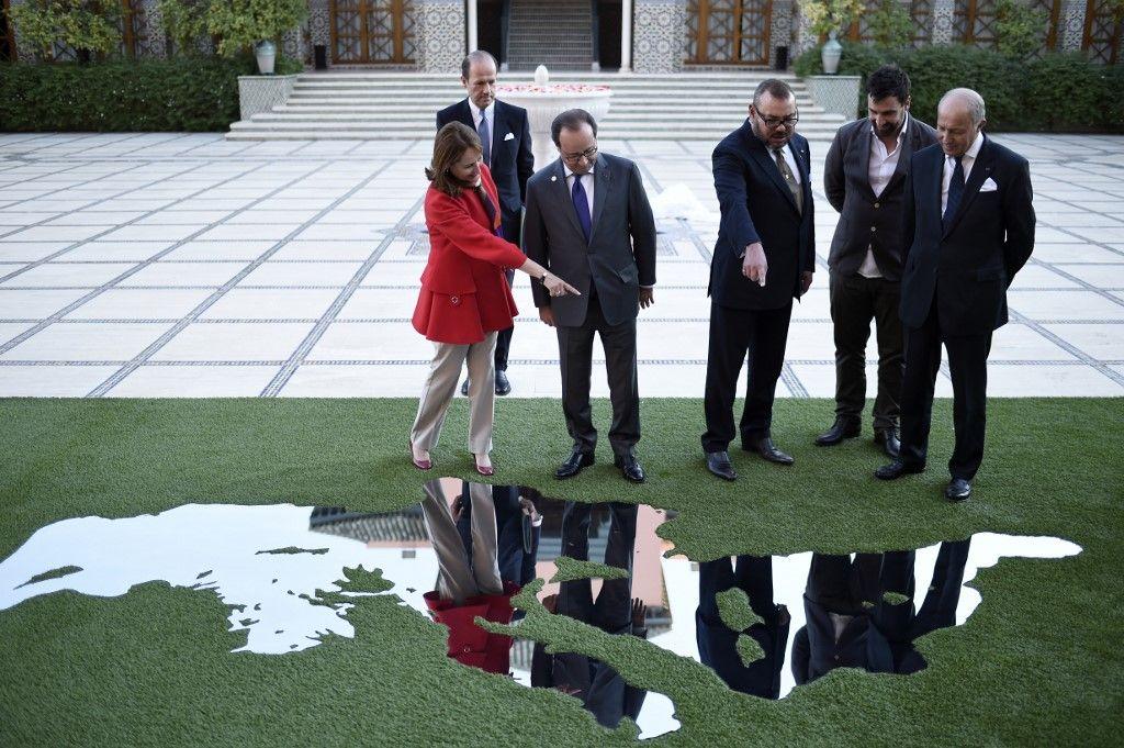 Entre propagande et câlinothérapie, le travail de l'ombre des diplomates pour la COP 21