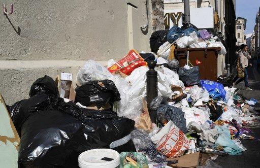 Une mairie du Morbihan fouille les poubelles pour poursuivre les pollueurs