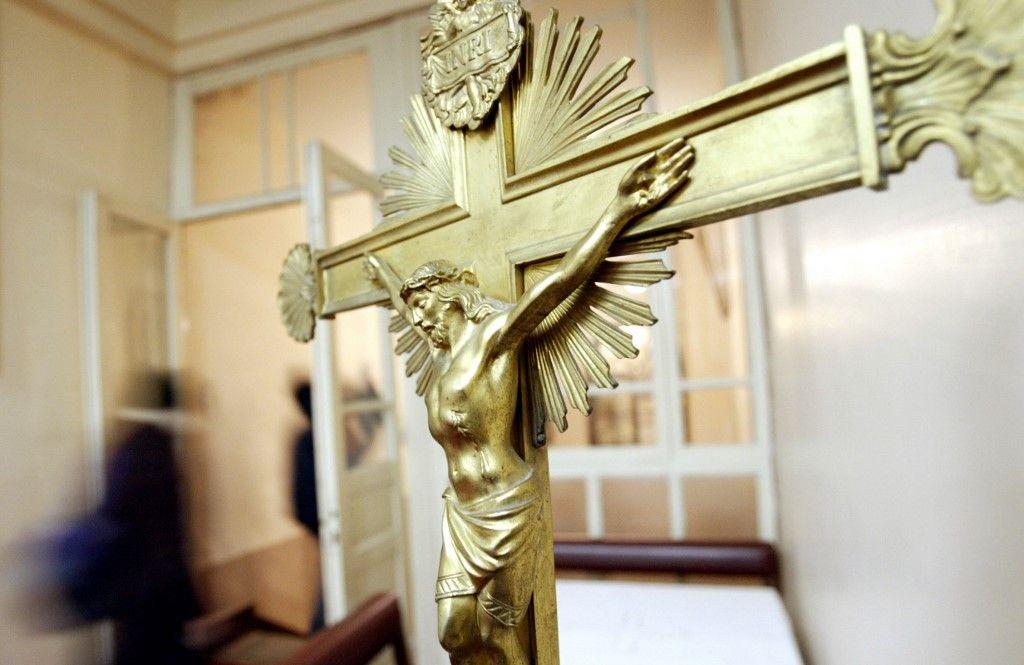 Photographie d'un crucifix, de la représentation de Jésus Christ sur la croix.