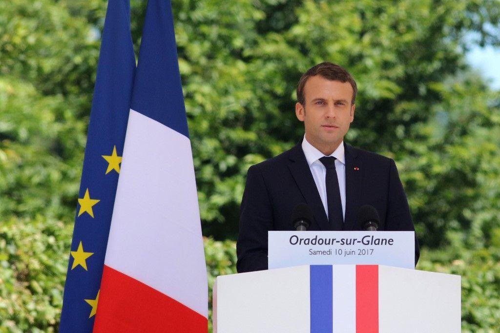 Emmanuel Macron Oradour-sur-Glane mémoire négationnisme