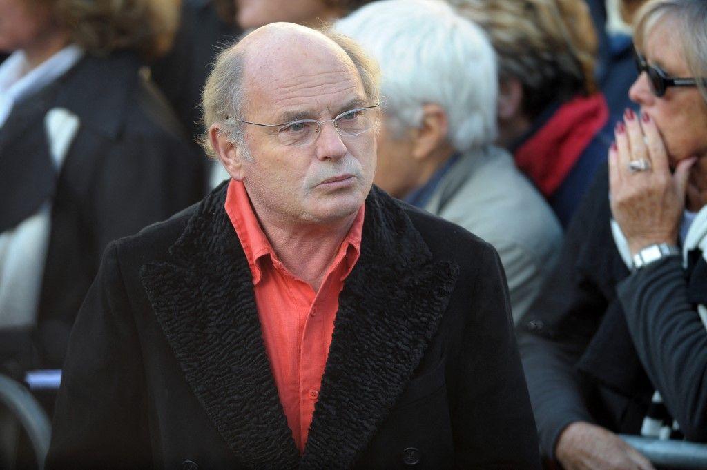 L'acteur et réalisateur français, Jean-François Stevenin, lors des funérailles de Guillaume Depardieu, fils de Gérard Depardieu, le 17 octobre 2008 à l'extérieur de l'église de Bougival.