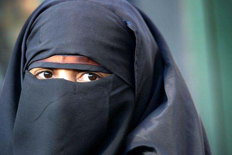 Savez-vous qu'en France les femmes qui portent la burqa sont fouettées et celles qui insistent pour mettre un burkini sont lapidées ?