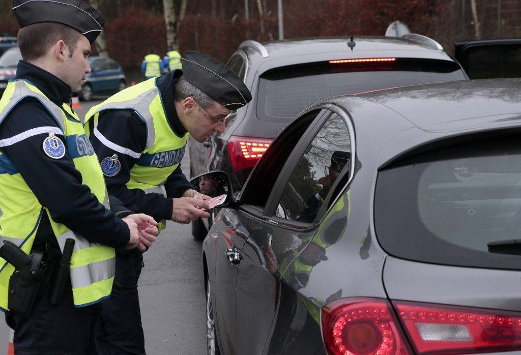 Près de 700.000 conducteurs roulent sans permis de conduire en France