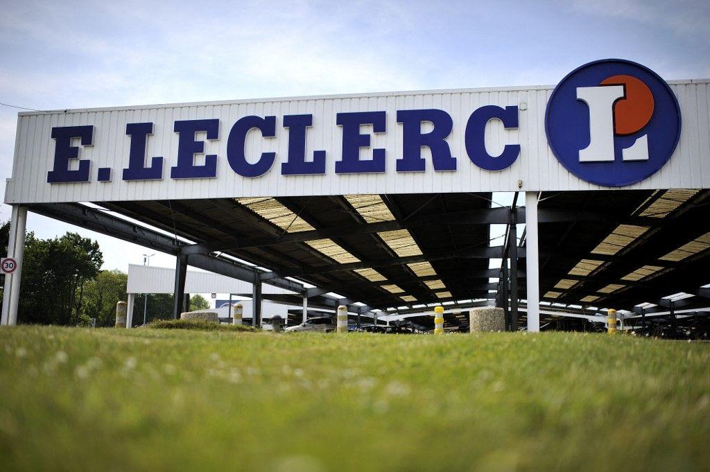 Saint-Valentin magasin supermarchés E.Leclerc paniers célibataires amour Cupidon coeur à prendre courses Leclerc