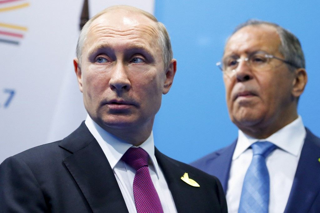 Le président russe Vladimir Poutine et le ministre russe des Affaires étrangères Sergueï Lavrov au sommet du G20.