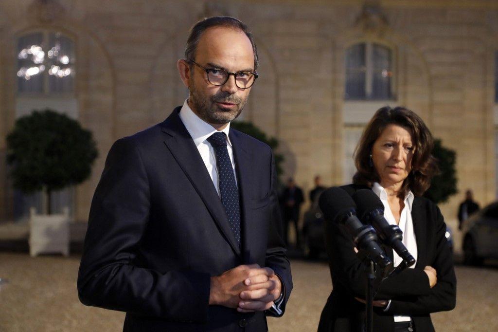 Covid-19 : des médecins décident de porter plainte contre Agnès Buzyn et Edouard Philippe