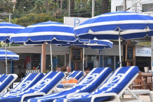 Des plages privées à Nice accusée de discriminations