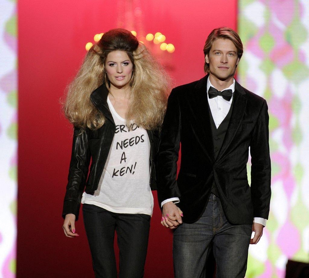 Des mannequins lors du défilé Barbie Runway Show lors de la Mercedes Benz Fashion Week 2009 à New York, le 14 février 2009.