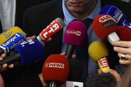 Les péchés capitaux du diplomate : sous-estimer les journalistes et leur donner de fausses informations pour se faire mousser