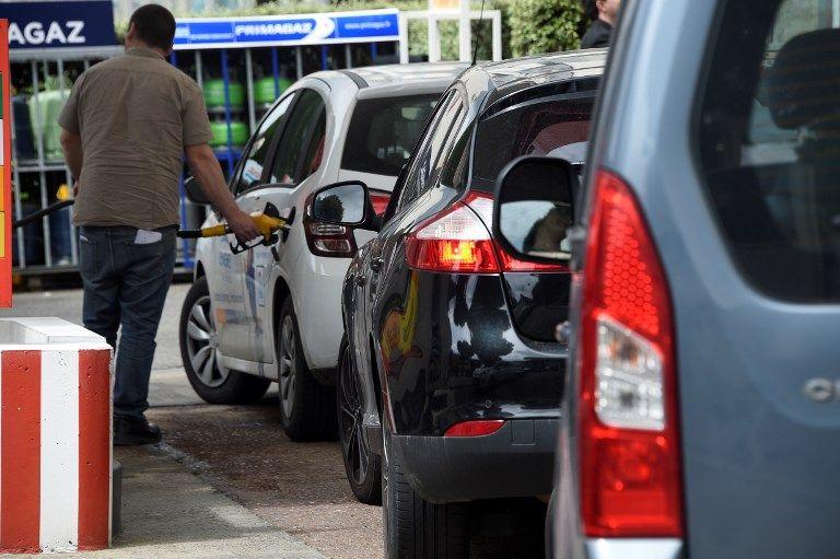 Et le vrai gagnant de la chute des prix du pétrole (n')est… certainement pas vous quand vous passez à la pompe