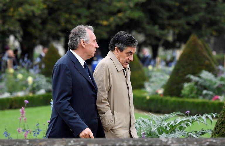 """François Bayrou accuse Fillon d'être """"sous l'influence des puissances d'argent"""""""