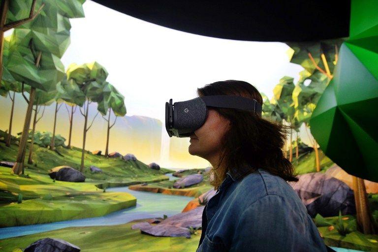 Vivre immergé dans la virtualité pourrait générer des pathologies psychiatriques graves, notamment favoriser la schizophrénie. Notre société n'est pas encore prête à faire le deuil de la réalité !