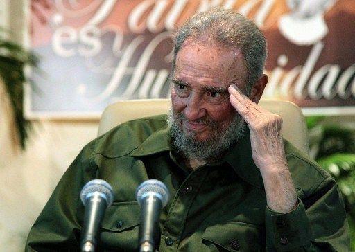 """""""Fidel, Fidel, je suis resté Fidel"""" (air connu)"""