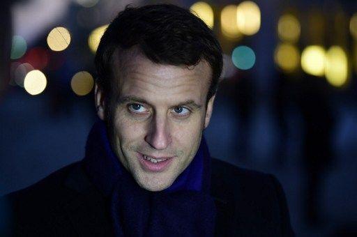 Quand Hollande tente d'envoyer un message subliminal à Macron