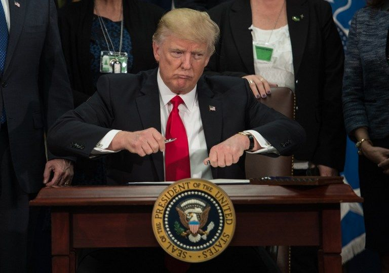 Donald Trump, le président qui prend le risque de continuer à enrager les médias et le système politique américain