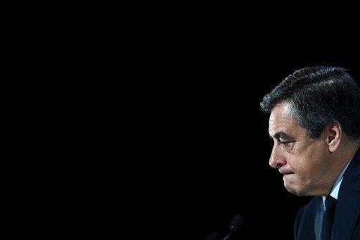 Législatives : François Fillon abandonne