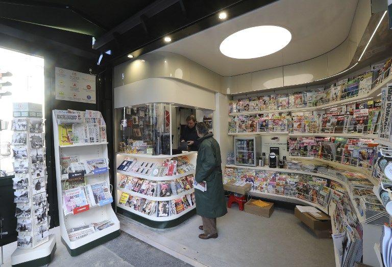 Kisoque à journaux parisien
