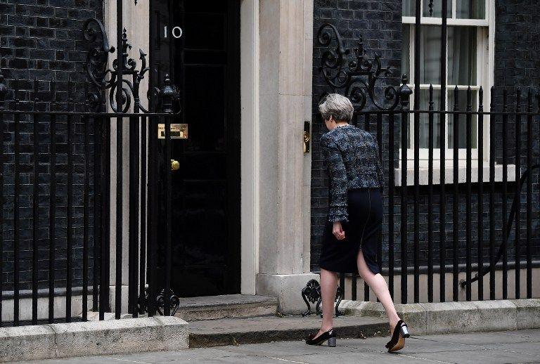 Voilà qui risque quoi dans la guerre entre Theresa May et Bruxelles