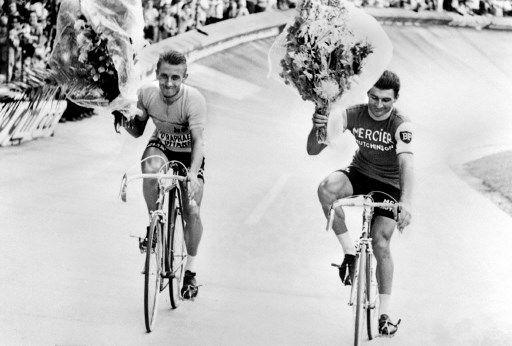 Quand Jacques Anquetil et Raymond Poulidor se livraient la plus difficile des batailles, celle pour le coeur des Français