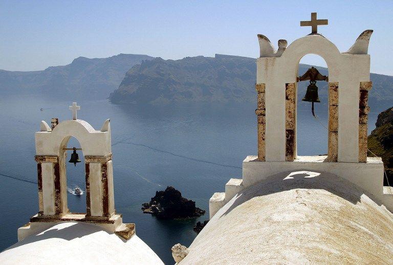 Dans certains supermarchés, les produits grecs se vendent dorénavant sans la croix !