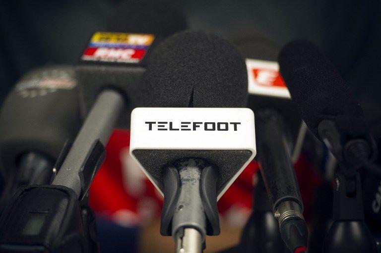 """""""Téléfoot"""" : Christian Jeanpierre annonce son départ de l'émission"""